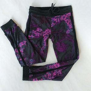 Fabletics Leggings with Cuff